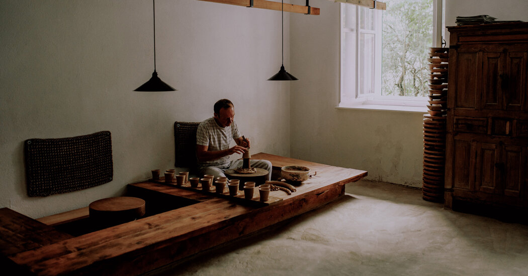 A Ceramist Who Draws on His Craft's Ancient Global Traditions