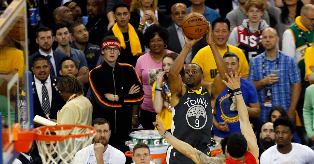 Andre Iguodala Plans to Finish His Profession With Golden State