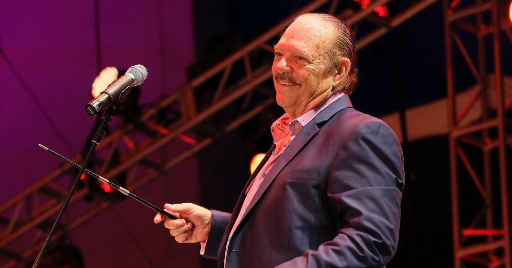 Larry Harlow, Influential Figure in Salsa, Dies at 82