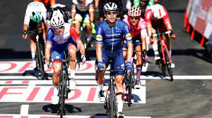 Fighting against the sun at the Vuelta a España