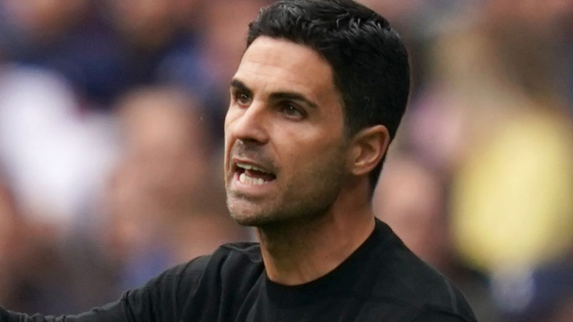 Mikel Arteta confirms exit talks with Willian while hinting at more Arsenal signings before transfer deadline day