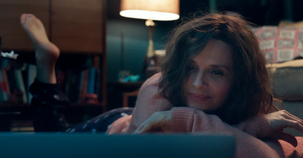 'Who You Think I Am' Review: A Woman of Feeling, in Bed and Out