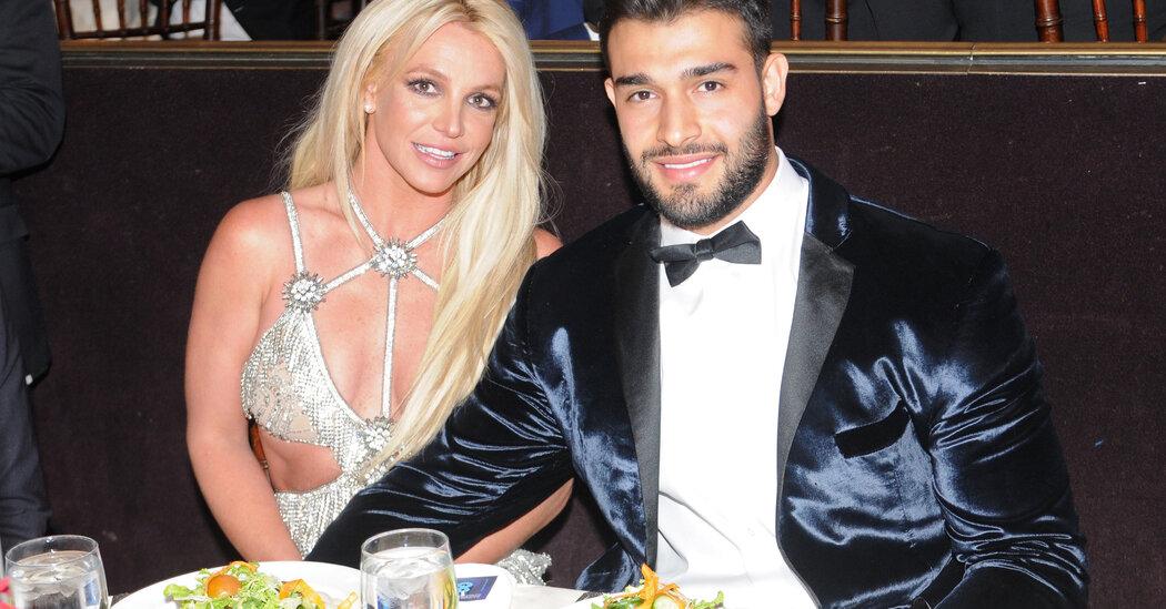 Britney Spears Announces Engagement to Longtime Boyfriend Sam Asghari