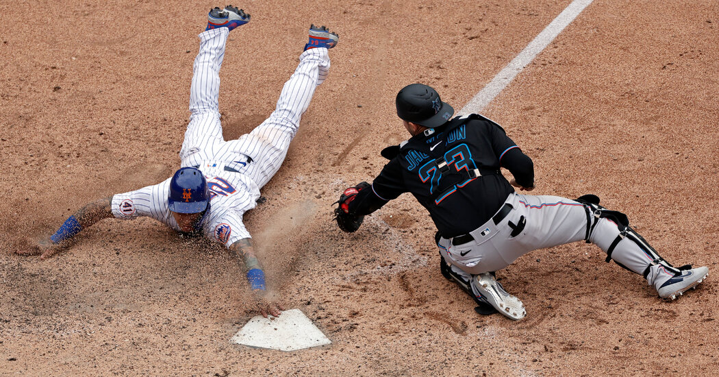 Francisco Lindor and Javier Baez Apologize as Mets Sweep Doubleheader