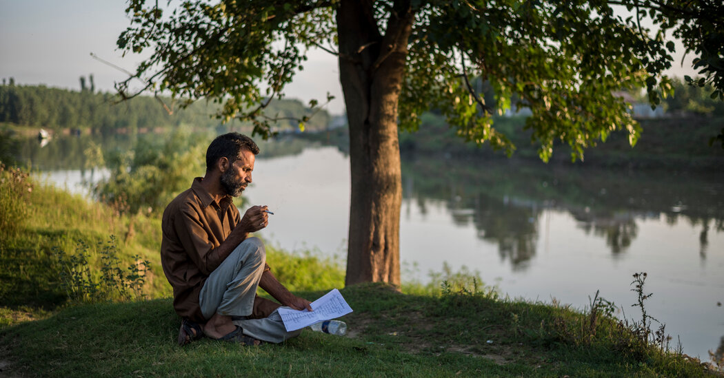 India-Backed Forces Order Kashmir's Poets to Go Silent