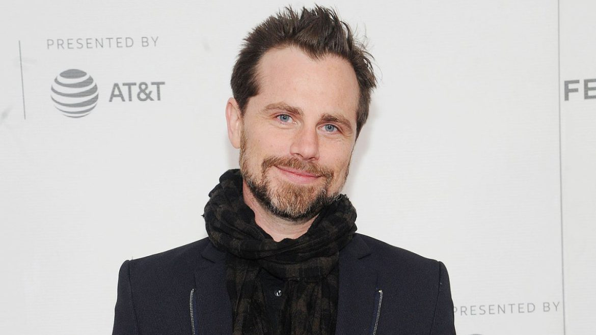 Rider Strong Relives Boy Meets World's 'Hot Stuff' Episode: William Daniels 'Committed So Hard'