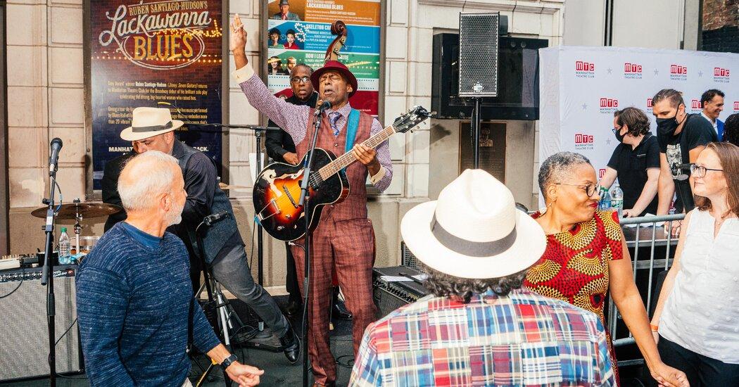 Ruben Santiago-Hudson Brings 'Lackawanna Blues' to Broadway