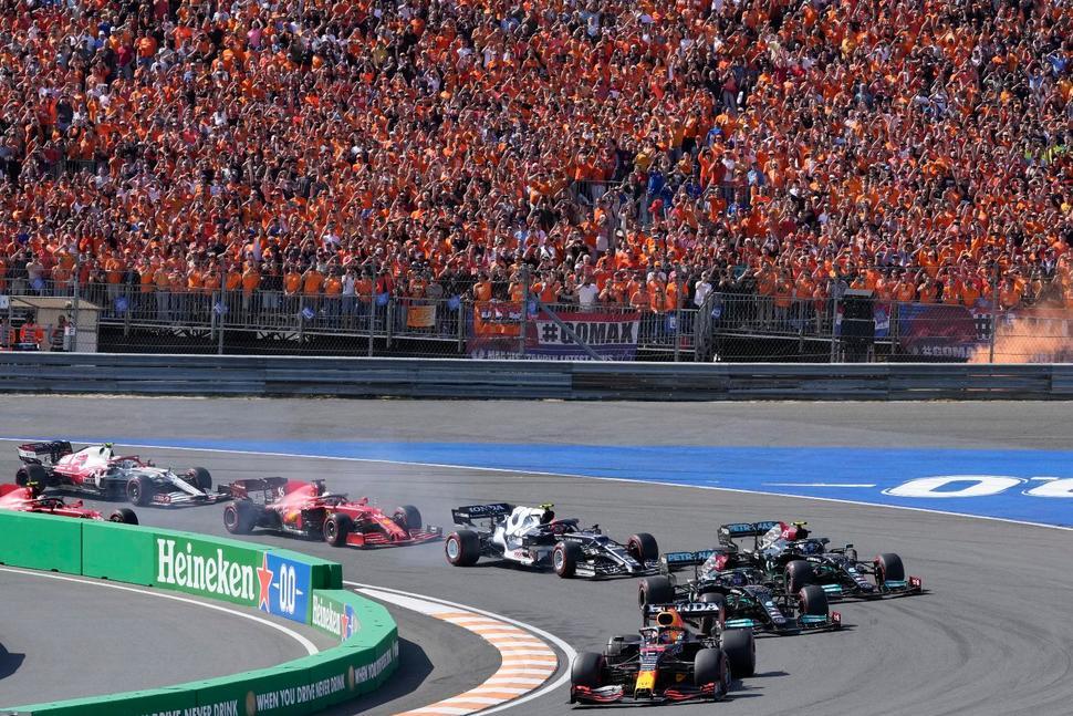 Superb Verstappen Thrills Home Crowd to Win Netherlands GP